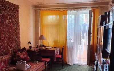 2 комн. квартира 3/5, Гв. Широнинцев 65, 608 м-н, жилое