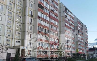 2 комн. квартира 75 м. 2/10 Песочин Мобиль  ул Кушнарева 1